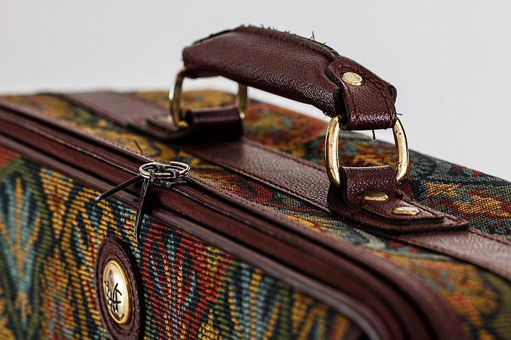 Bőrönd és védőhuzat